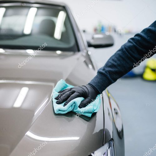 depositphotos_199701110-stock-photo-cleaner-washing-car-car-wash